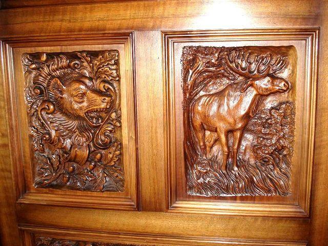 Jagdschrank | Die Kunst und Antiquitätenbörse